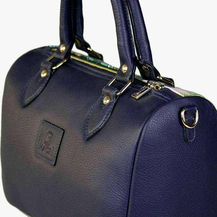 Dettagli borsa artigianale bauletto in pelle blu macri napoli